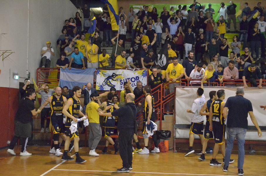 https://www.basketmarche.it/immagini_articoli/23-05-2019/serie-gold-finals-sutor-montegranaro-rialza-pareggia-serie-valdiceppo-domicilio-600.jpg