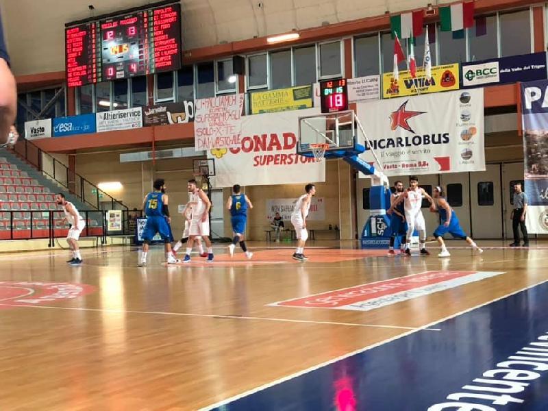 https://www.basketmarche.it/immagini_articoli/23-05-2019/serie-silver-finals-vasto-basket-batte-olimpia-mosciano-riporta-serie-parit-600.jpg