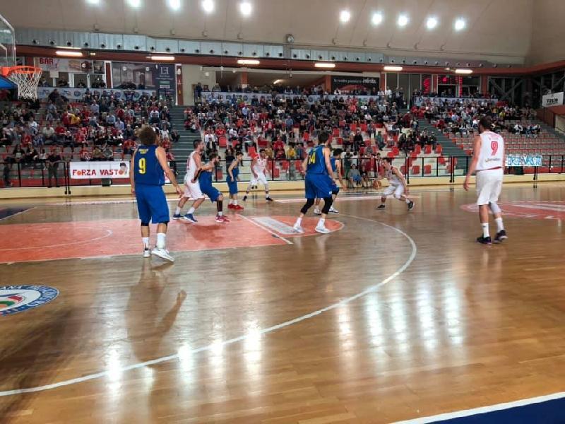 https://www.basketmarche.it/immagini_articoli/23-05-2019/serie-silver-playoff-vasto-basket-supera-olimpia-mosciano-rimonta-conquista-600.jpg