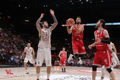 https://www.basketmarche.it/immagini_articoli/23-06-2018/serie-a-vuelle-pesaro-vicina-la-conferma-di-pablo-bertone-270.jpg