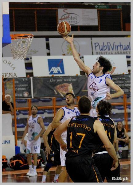 https://www.basketmarche.it/immagini_articoli/23-06-2021/pescara-basket-gioca-primo-match-point-campo-fortitudo-roma-600.jpg