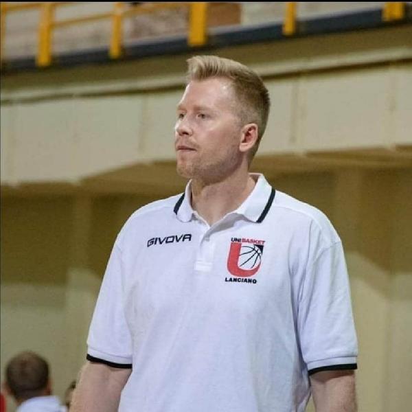 https://www.basketmarche.it/immagini_articoli/23-07-2020/unibasket-lanciano-povilas-cukinas-miei-obiettivi-sono-stati-molto-alti-atleta-saranno-anche-coach-600.jpg