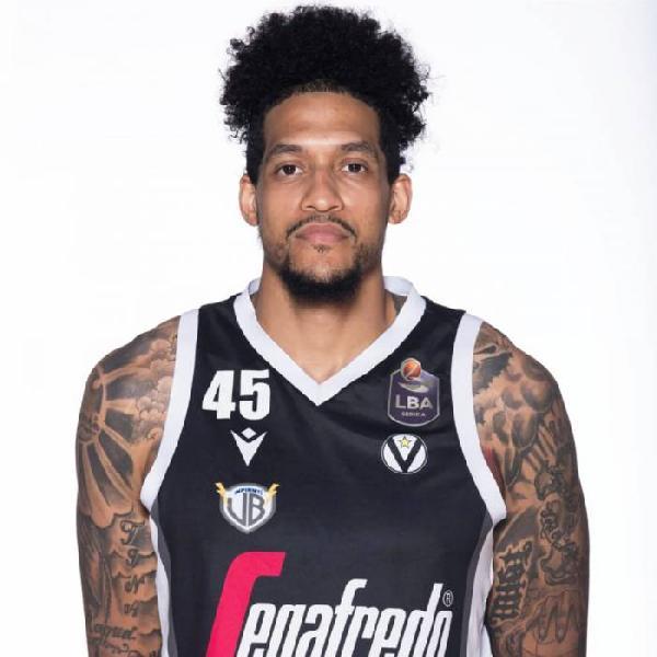 https://www.basketmarche.it/immagini_articoli/23-07-2021/pallacanestro-reggiana-spot-centro-prova-convincere-julian-gamble-600.jpg