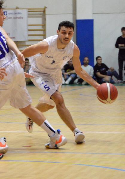 https://www.basketmarche.it/immagini_articoli/23-07-2021/ufficiale-lorenzo-maggio-play-senigallia-basket-2020-anche-prossima-stagione-600.jpg