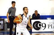 https://www.basketmarche.it/immagini_articoli/23-08-2019/ufficiale-play-giuseppe-oriente-basket-aquilano-120.jpg