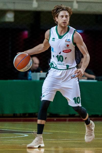 https://www.basketmarche.it/immagini_articoli/23-08-2020/ufficiale-virtus-padova-francesco-nicolao-insieme-anche-prossima-stagione-600.jpg