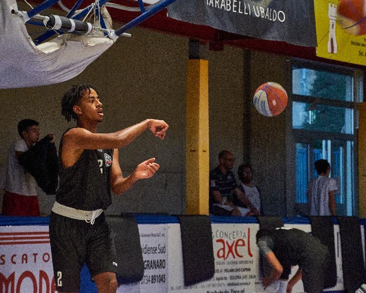 https://www.basketmarche.it/immagini_articoli/23-08-2021/virtus-civitanova-quattro-ragazzi-cresciuti-picchio-completano-roster-600.jpg