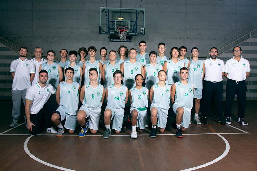 https://www.basketmarche.it/immagini_articoli/23-10-2018/esordio-positivo-campetto-ancona-robur-family-osimo-600.jpg
