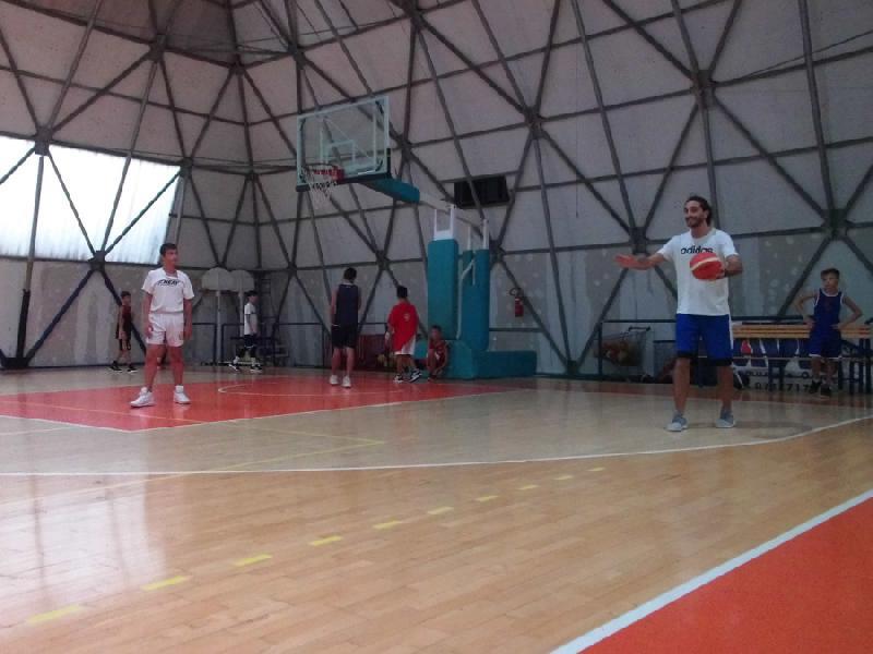 https://www.basketmarche.it/immagini_articoli/23-10-2018/punto-settimanale-sulle-squadre-giovanili-robur-family-osimo-600.jpg