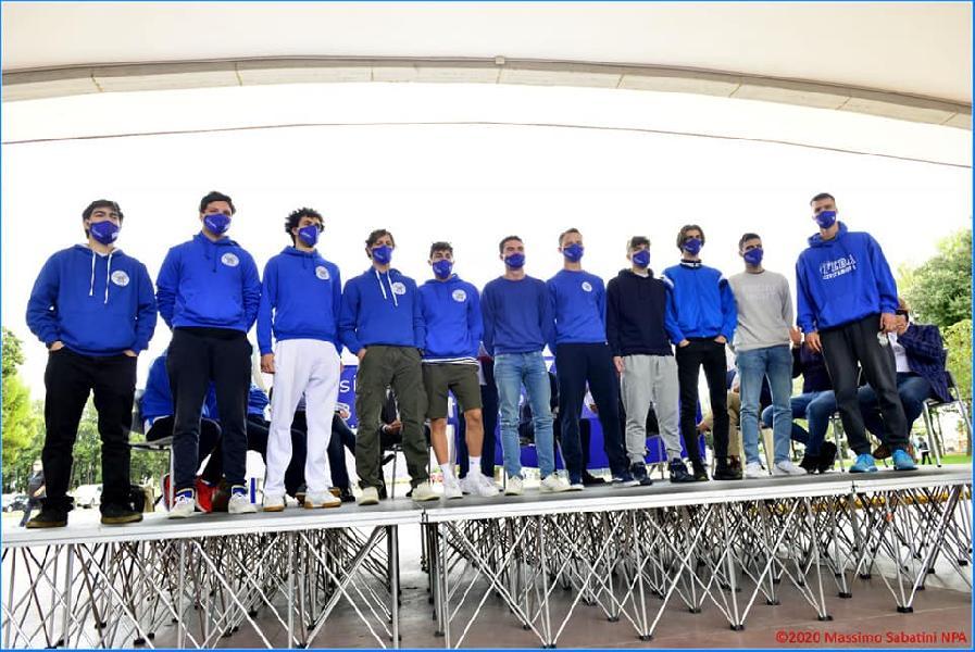 https://www.basketmarche.it/immagini_articoli/23-10-2020/civitabasket-gabriele-carmenati-allenatore-squadra-parteciper-promozione-600.jpg