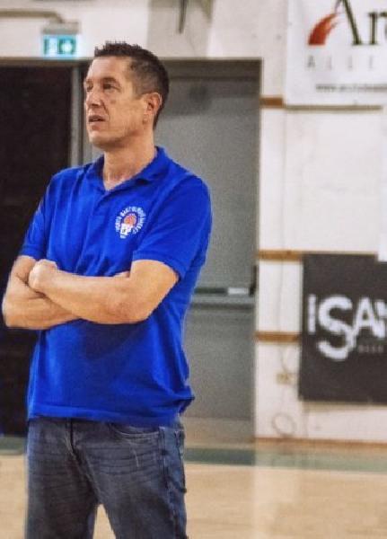 https://www.basketmarche.it/immagini_articoli/23-10-2020/porto-sant-elpidio-basket-coach-cappella-ragazzi-stanno-lavorando-tanto-sensazioni-sono-positive-600.jpg