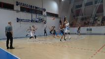 https://www.basketmarche.it/immagini_articoli/23-10-2021/montemarciano-supera-nettamente-basket-giovane-pesaro-resta-imbattuta-120.jpg