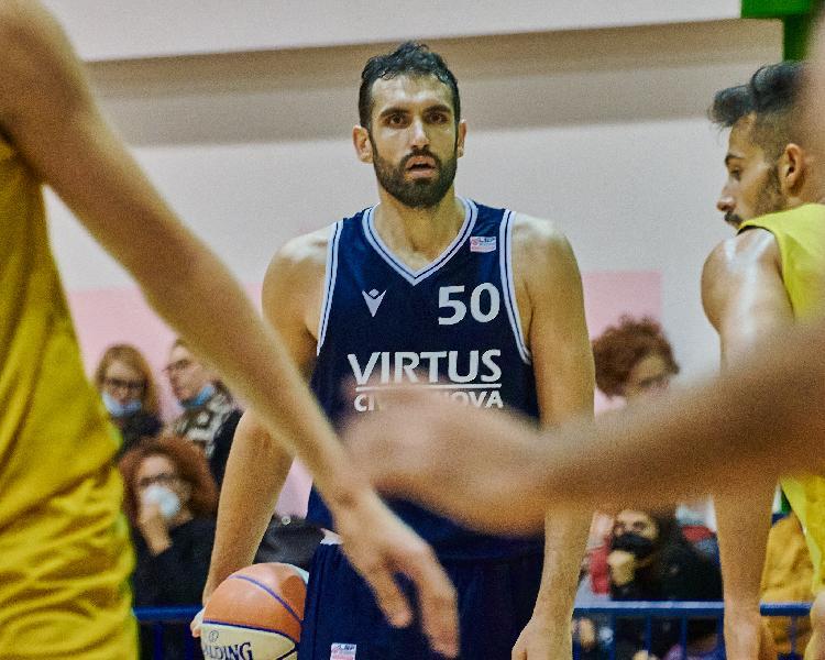 https://www.basketmarche.it/immagini_articoli/23-10-2021/virtus-civitanova-cerca-impresa-corazzata-rinascita-basket-rimini-600.jpg