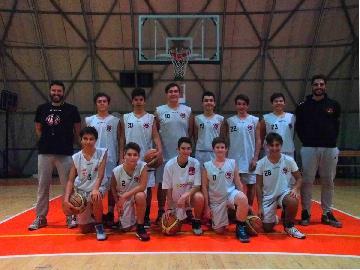 https://www.basketmarche.it/immagini_articoli/23-11-2017/giovanili-la-settimana-delle-squadre-della-robur-family-osimo-270.jpg