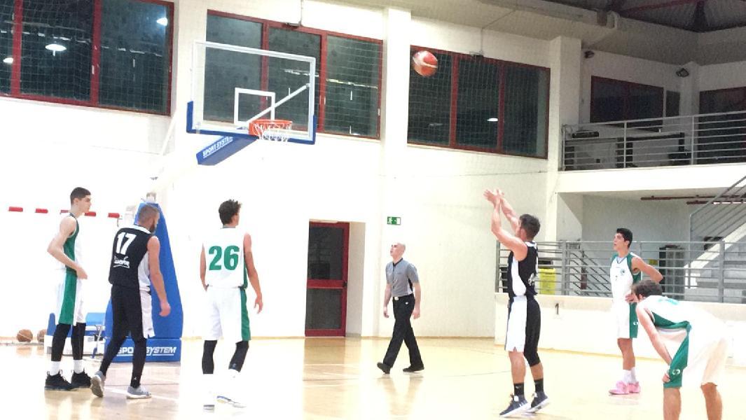 https://www.basketmarche.it/immagini_articoli/23-11-2019/pallacanestro-acqualagna-vince-convince-campo-stamura-ancona-600.jpg