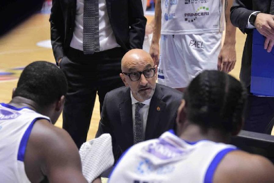 https://www.basketmarche.it/immagini_articoli/23-11-2020/brindisi-coach-vitucci-migliore-vittoria-dellanno-siamo-espressi-nostri-standard-600.jpg