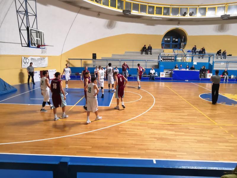 https://www.basketmarche.it/immagini_articoli/23-12-2018/convincente-vittoria-virtus-terni-elfa-marronaro-fara-sabina-600.jpg