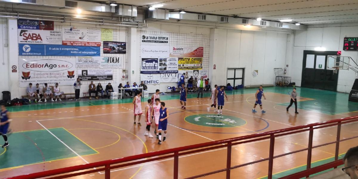 https://www.basketmarche.it/immagini_articoli/23-12-2018/favl-basket-viterbo-passa-campo-sericap-cannara-600.jpg