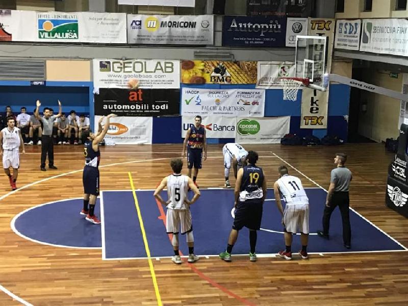 https://www.basketmarche.it/immagini_articoli/23-12-2018/grande-virtus-assisi-vince-derby-campo-basket-todi-blinda-secondo-posto-600.jpg