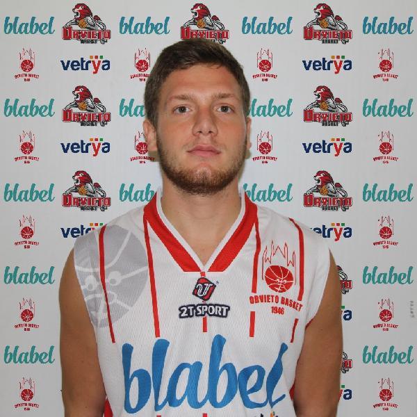 https://www.basketmarche.it/immagini_articoli/23-12-2018/matteo-brunelli-novit-roster-orvieto-basket-600.jpg