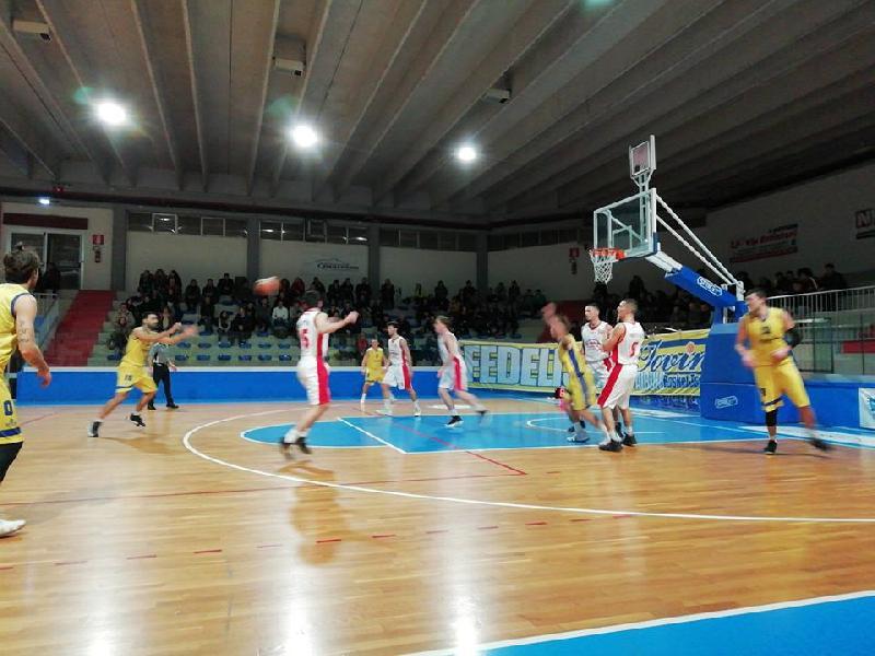 https://www.basketmarche.it/immagini_articoli/23-12-2018/serie-silver-live-girone-abruzzo-marche-terza-giornata-ritorno-tempo-reale-600.jpg