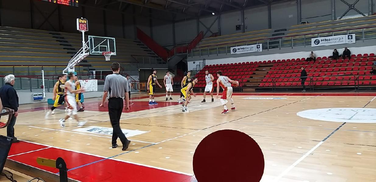 https://www.basketmarche.it/immagini_articoli/23-12-2019/auximum-osimo-sfiora-colpaccio-capolista-sconfitta-arriva-dopo-overtime-600.jpg