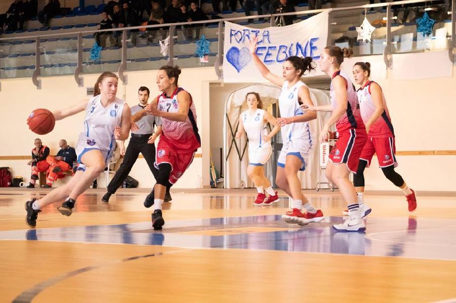https://www.basketmarche.it/immagini_articoli/24-01-2019/feba-civitanova-ospita-cestistica-azzurra-orvieto-600.jpg