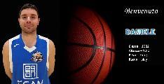 https://www.basketmarche.it/immagini_articoli/24-01-2020/colpo-mercato-montemarciano-ufficiale-arrivo-play-daniele-carletti-120.jpg