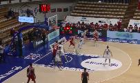 https://www.basketmarche.it/immagini_articoli/24-01-2021/convincente-vittoria-dinamo-sassari-campo-allianz-trieste-spissu-straordinario-120.png