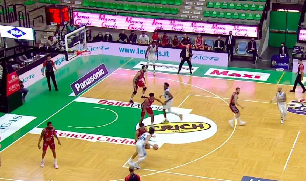 https://www.basketmarche.it/immagini_articoli/24-01-2021/olimpia-milano-doma-solo-finale-resistenze-longhi-treviso-600.png