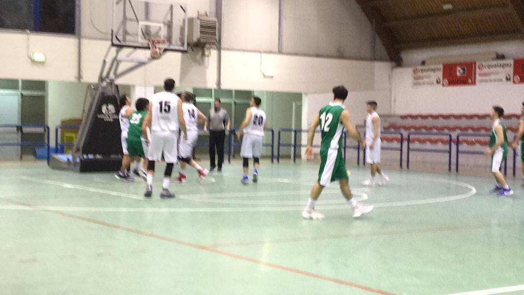 https://www.basketmarche.it/immagini_articoli/24-02-2019/pallacanestro-acqualagna-conquista-stamura-ancona-terza-vittoria-fila-600.jpg