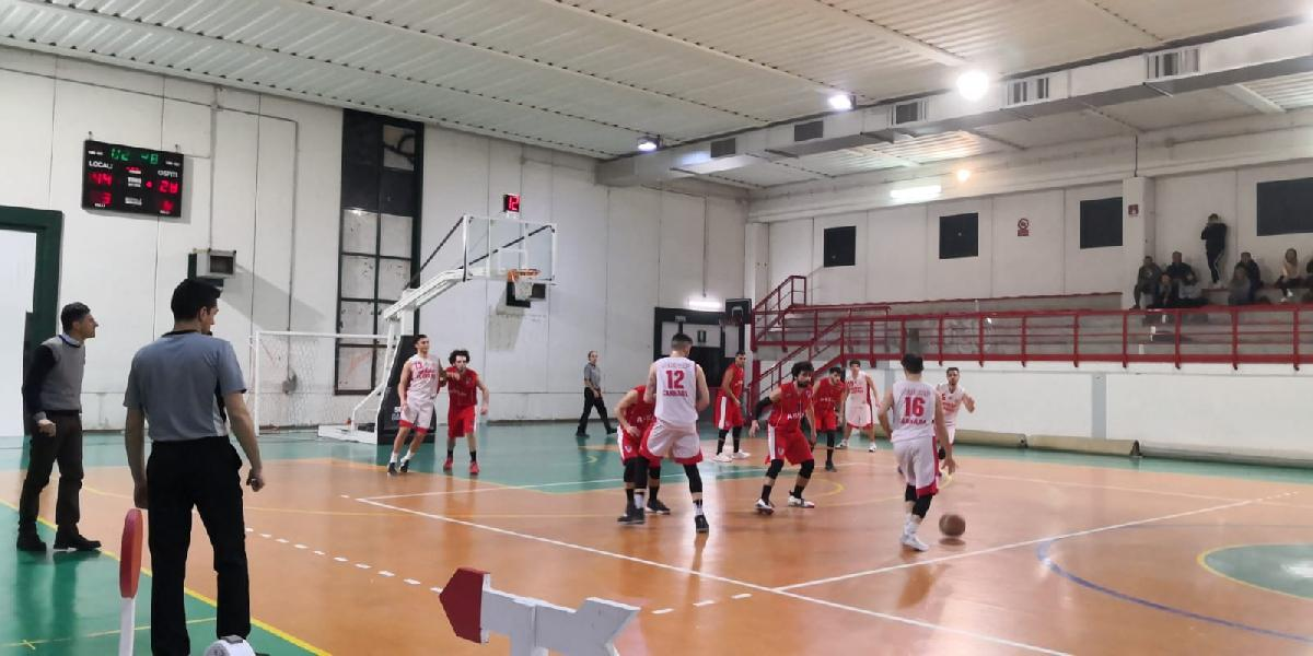 https://www.basketmarche.it/immagini_articoli/24-02-2019/sericap-cannara-supera-basket-assisi-600.jpg