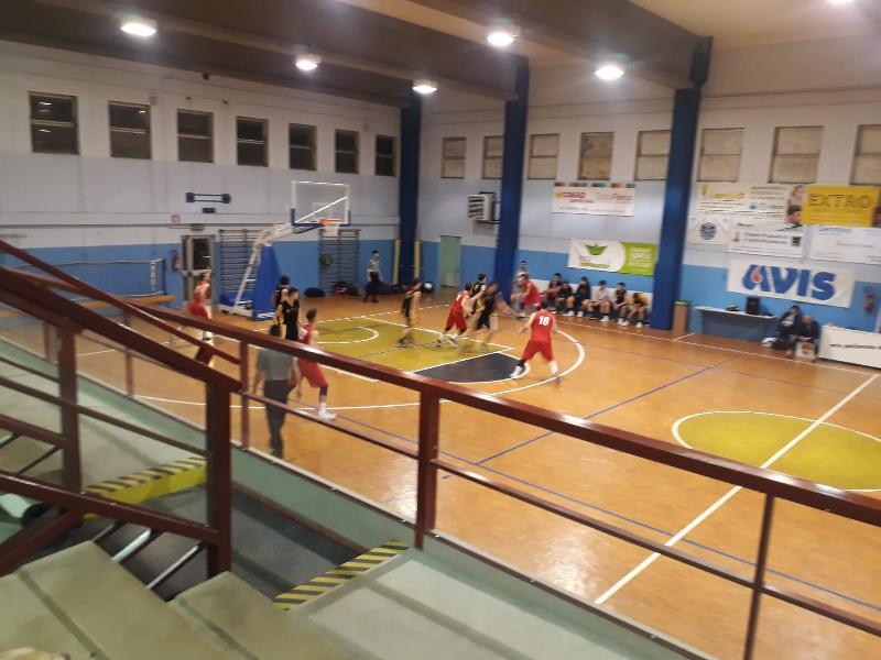 https://www.basketmarche.it/immagini_articoli/24-03-2019/favl-basket-viterbo-espugna-campo-deruta-basket-ottimo-ultimo-quarto-600.jpg