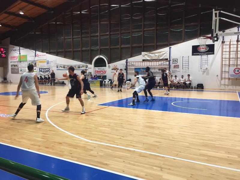 https://www.basketmarche.it/immagini_articoli/24-03-2019/pallacanestro-pedaso-regola-sporting-porto-sant-elpidio-conferma-posto-600.jpg