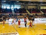https://www.basketmarche.it/immagini_articoli/24-03-2019/pranzo-indigesto-aurora-jesi-banca-sport-center-passa-ravenna-120.jpg