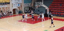 https://www.basketmarche.it/immagini_articoli/24-03-2019/regionale-ritorno-loreto-testa-bene-auximum-castelfidardo-pesaro-basket-corsaro-120.jpg