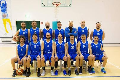 https://www.basketmarche.it/immagini_articoli/24-04-2018/promozione-playoff-gara-2-il-basket-montefeltro-carpegna-pareggia-i-conti-contro-la-dinamis-falconara-270.jpg