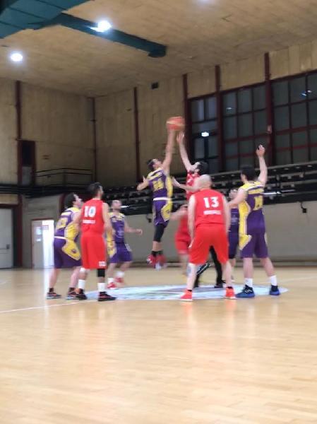 https://www.basketmarche.it/immagini_articoli/24-04-2019/promozione-playoff-date-ufficiali-semifinale-storm-ubique-ascoli-ponte-morrovalle-600.jpg