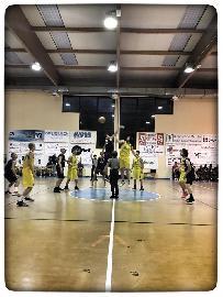 https://www.basketmarche.it/immagini_articoli/24-05-2018/brutta-serata-per-il-polverigi-basket-cade-contro-il-vallesina-e-perde-matteo-rossini-per-infortunio-270.jpg