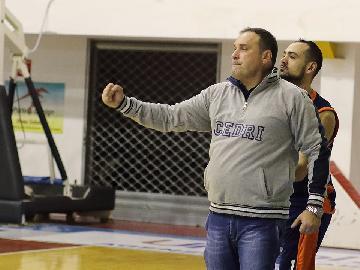 https://www.basketmarche.it/immagini_articoli/24-05-2018/fase-nazionale-a-le-avversarie-della-sutor-montegranaro-alla-scoperta-del-san-nicola-basket-cedri-con-coach-piero-falcombello-270.jpg