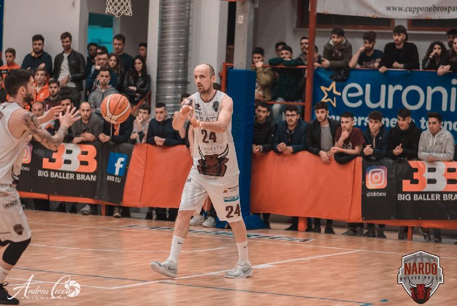 https://www.basketmarche.it/immagini_articoli/24-06-2019/pallacanestro-nard-goran-bjelic-avanti-ancora-insieme-600.jpg