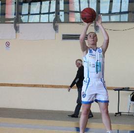 https://www.basketmarche.it/immagini_articoli/24-07-2018/serie-a2-femminile-la-feba-civitanova-conferma-eleonora-marinelli-270.jpg