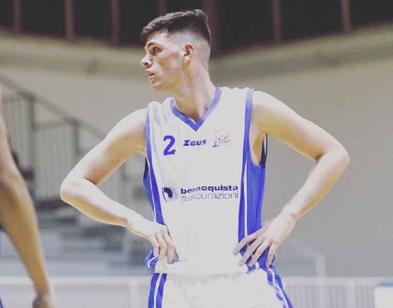 https://www.basketmarche.it/immagini_articoli/24-07-2019/ufficiale-matteo-ambrosin-chiude-roster-rinascita-basket-rimini-600.jpg