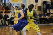 https://www.basketmarche.it/immagini_articoli/24-07-2021/ufficiale-virtus-pozzuoli-firma-lungo-koite-thiam-120.jpg