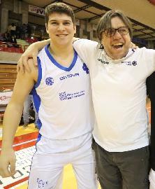 https://www.basketmarche.it/immagini_articoli/24-09-2017/d-regionale-buona-la-prima-per-l-aesis-jesi-270.jpg