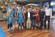 https://www.basketmarche.it/immagini_articoli/24-09-2018/serie-vuelle-pesaro-dinamo-sassari-vince-solidariet-genova-cuore-120.jpg
