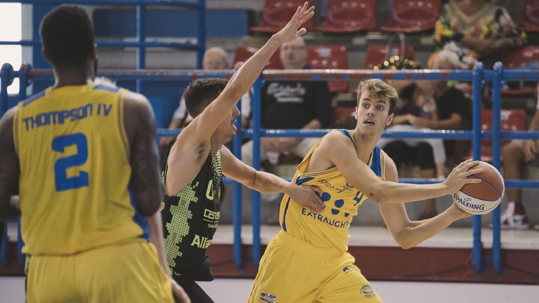 https://www.basketmarche.it/immagini_articoli/24-09-2019/preseason-poderosa-montegranaro-archivio-amichevoli-rieti-600.jpg