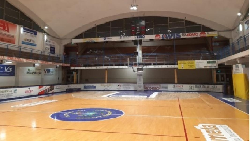 https://www.basketmarche.it/immagini_articoli/24-09-2021/sutor-montegranaro-costretta-emigrare-porto-giorgio-prime-gare-campionato-600.jpg