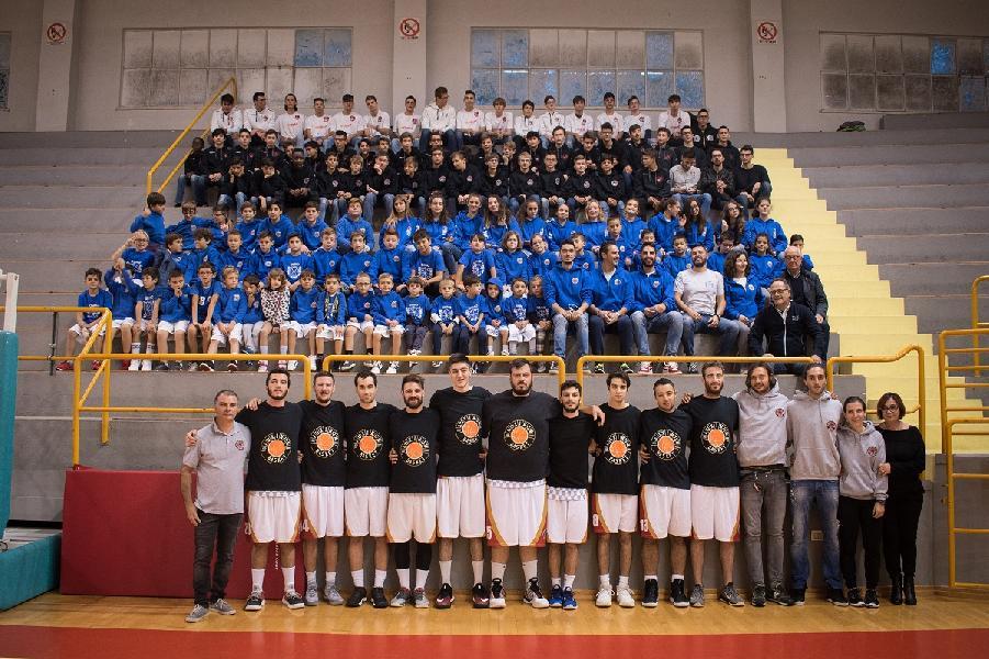 https://www.basketmarche.it/immagini_articoli/24-10-2018/presentato-movimento-cestistico-osimano-tanto-entusiasmo-numeri-importanti-600.jpg