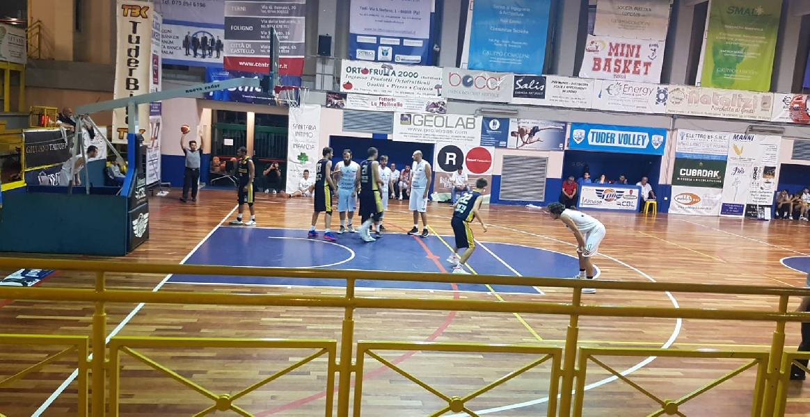 https://www.basketmarche.it/immagini_articoli/24-10-2019/basket-todi-supera-autorit-basket-club-fratta-umbertide-600.jpg